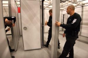 Setting up FlexTact innovative operable walls