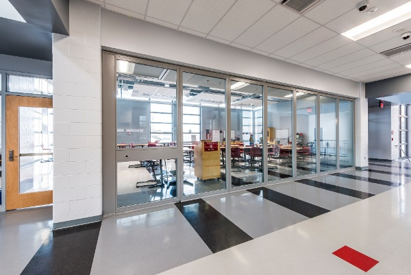 Movable glass walls at Princeton Middle School showing off acoustics and daylighting all in one movable wall system